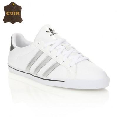 chaussure adidas femme blanche et verte
