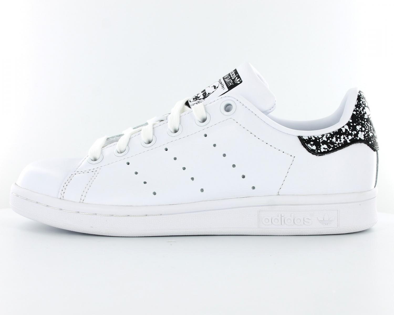 8b8c96513d752 adidas stan smith femme noir et blanche